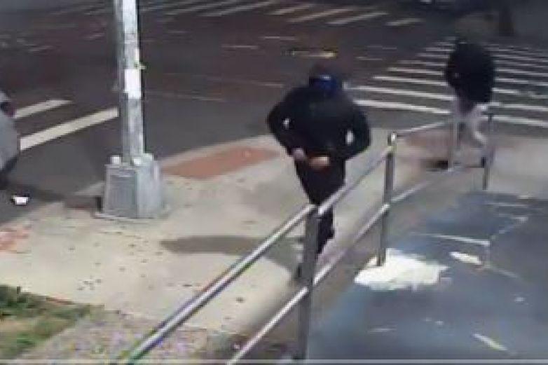 Tiroteo en barrio Queens de Nueva York deja 10 heridos
