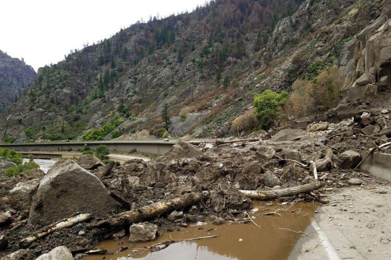 Advierten de inundaciones en oeste de EU