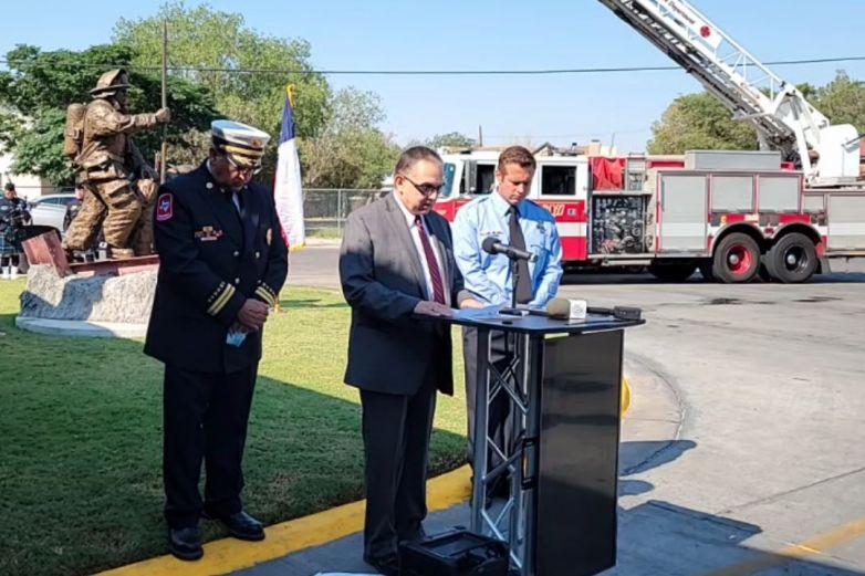 Bomberos de El Paso homenajean a compañeros caídos del 11/S