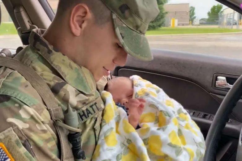 Video: Marín se reencuentra con su hija tras dejarla a los 10 meses de nacida