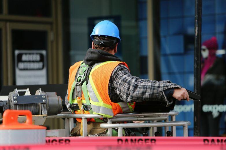 Entérate qué quiere decir 'poner a disposición a un trabajador'