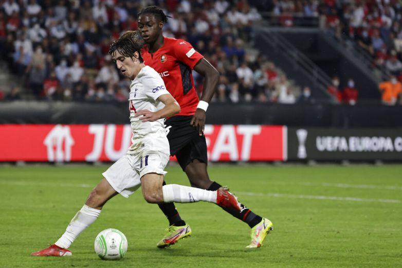 Tottenham empata con Rennes en la Europa League 2