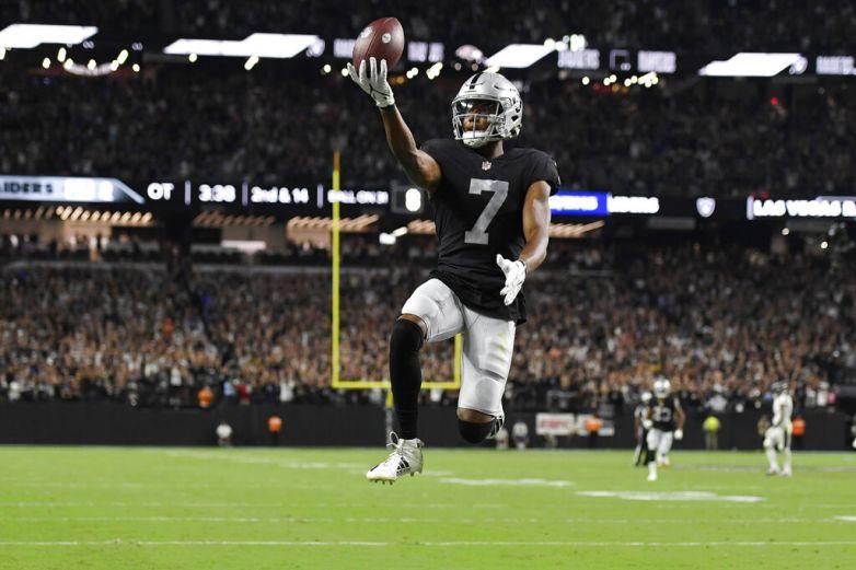Steelers y Raiders quieren consolidarse en el emparrillado
