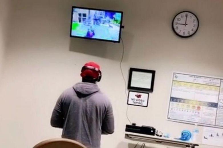Video: Juega Xbox mientras espera que nazca su hijo